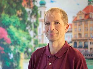 Andreas_Mäder_web.JPG