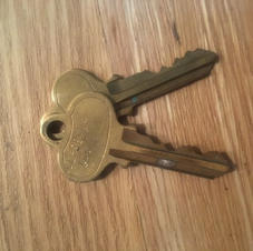 These are the keys to my ex best friend's apt.