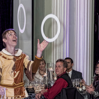 Juggling - Dinner Show