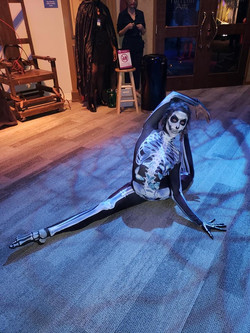 Bendy Skelly Contortion