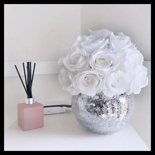 Snow White Dome - Crackled Vase
