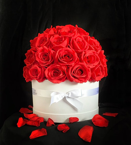Red Rose Hatbox - White