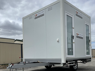 Portable Mobile 4 Toilet Facility