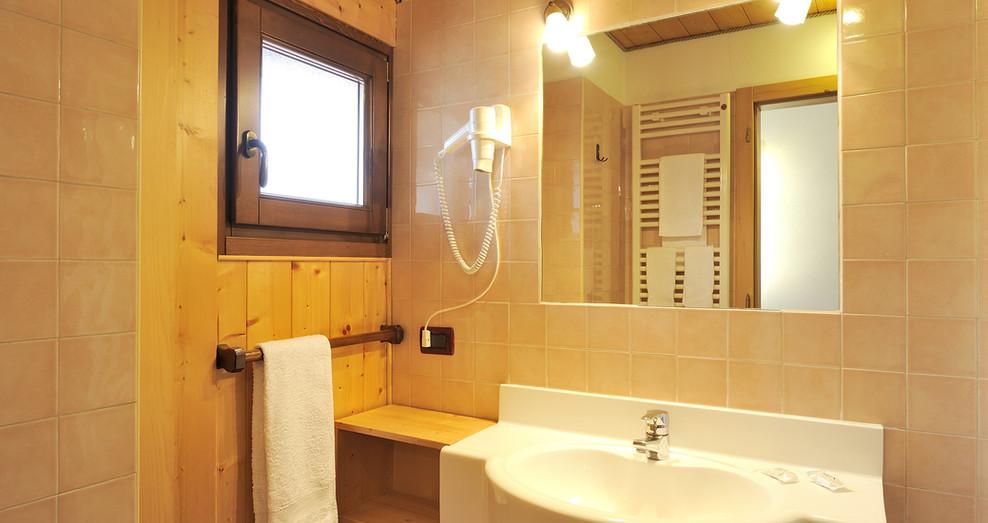 Eo - particolare bagno