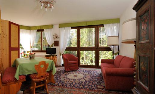 Eco - soggiorno e salotto