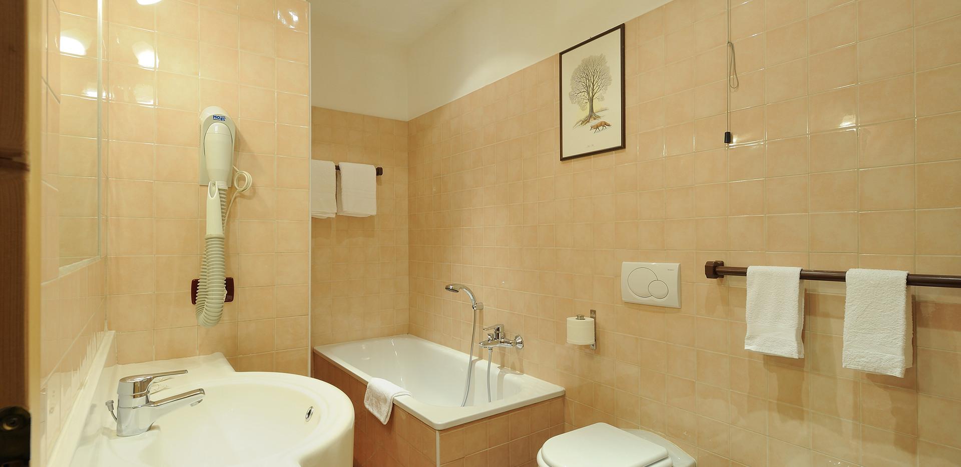 Eco - bagno con vasca