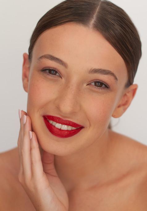 Fresh Makeup by Melinda Wenig