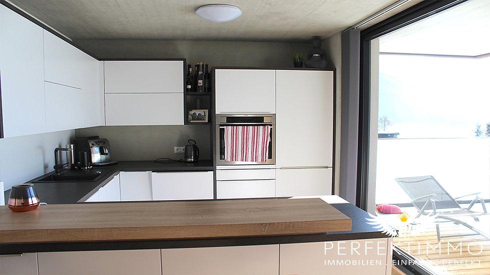 RESERVIERT! 4 Zimmer Penthouse-Wohnung mit traumhafter Aussicht zu verkaufen!