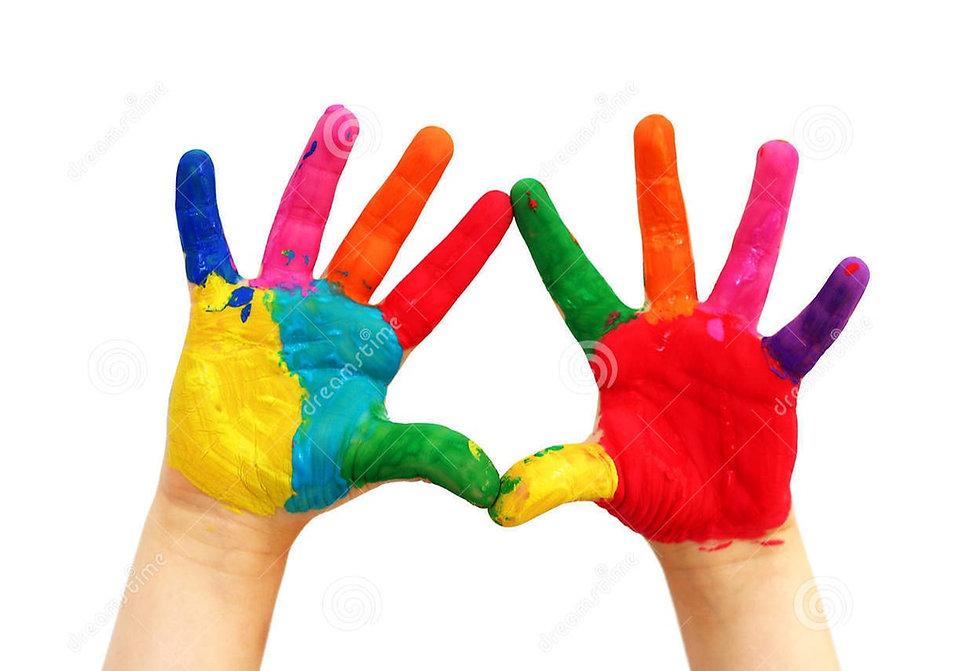 mãos-pintadas-da-criança-5378295_edited.
