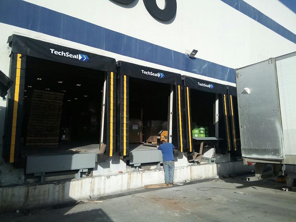 Sellos de Anden Inclinados Techseal Modelo T-2000