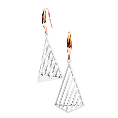 Op Triangle Earring L Size (White) | illusion Collection