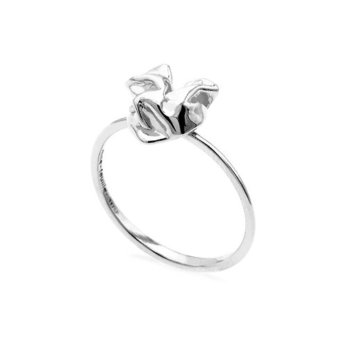 Scratching Cloth Heart Ring | Silver