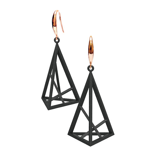 Spacing Triangle Earrings L Size (Black) | Sense of Space Collection