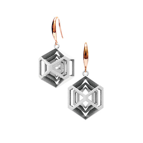 Turner's Diamond Earrings (White) | Scaling Collection