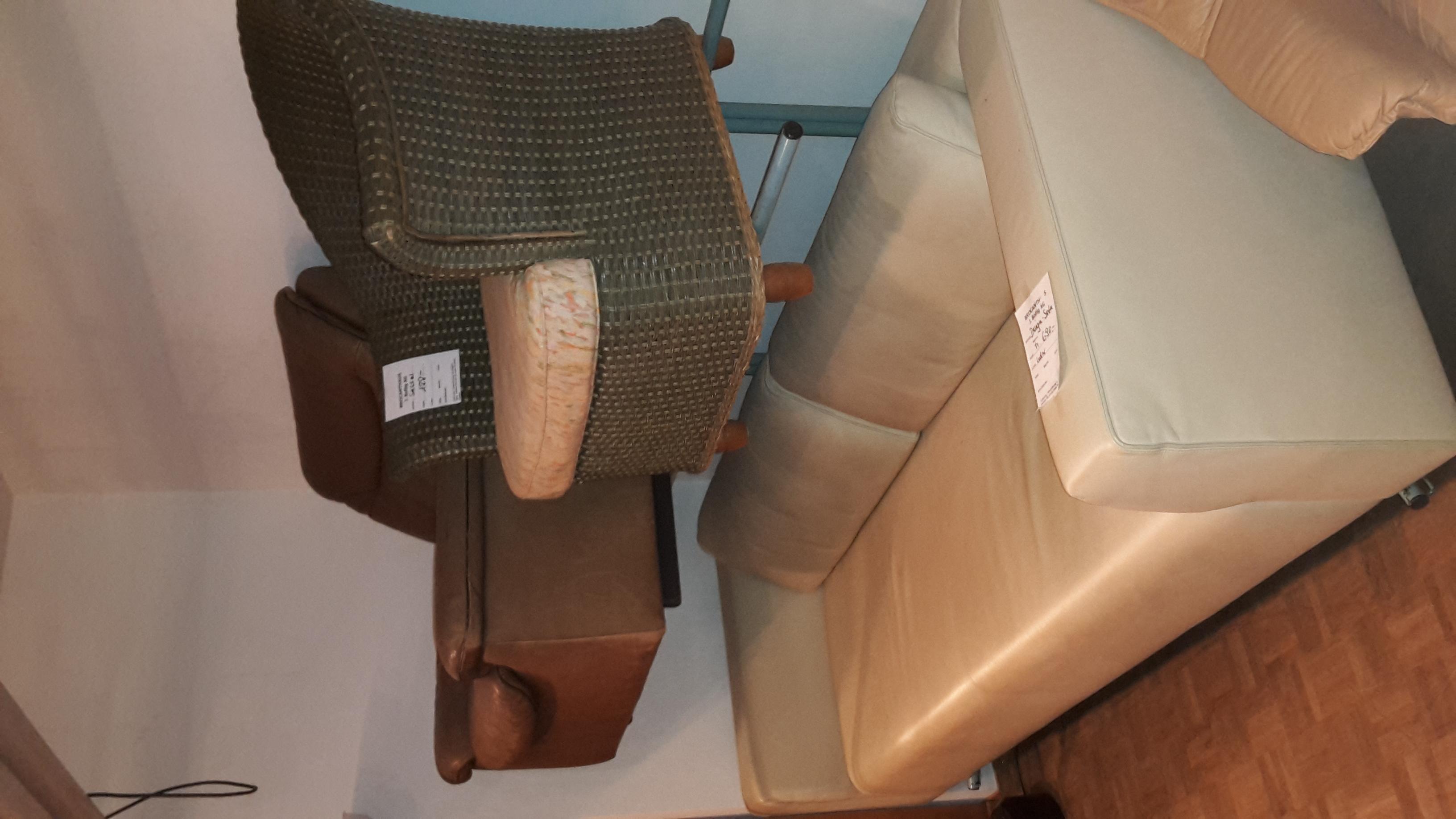 Sessel und Sofa