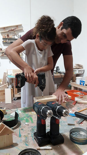 סדנאות נגרות לילדים בסטודיו9
