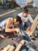 לימוד עבודה על כלי נגרות באופן בטיחותי ב