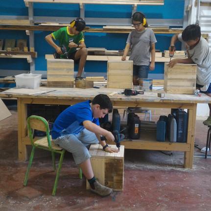 סדנת נגרות לילדים בסטודיו9