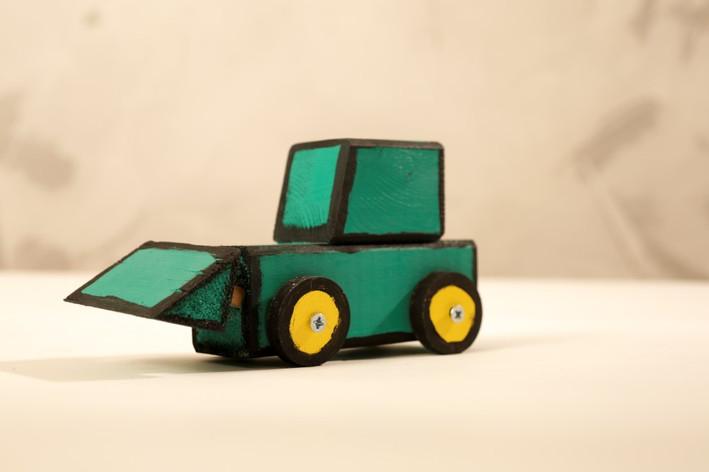 סדנת מכוניות סטודיו9 טרקטור