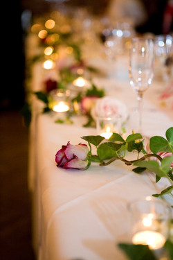 Top Table flowers and t-lights