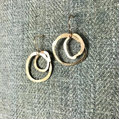 classic gold circles
