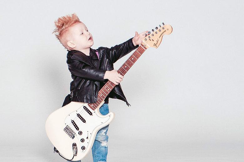kids guitar.jpg
