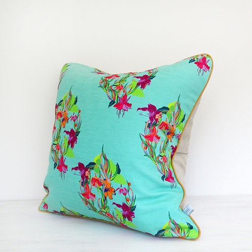 Fuchsia Lilly Cushion - Fuchsia Tropics