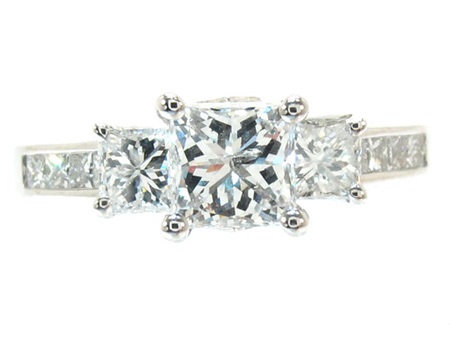Ladies Princess Cut Diamond Ring