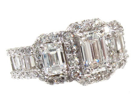 Ladies White Gold Diamond