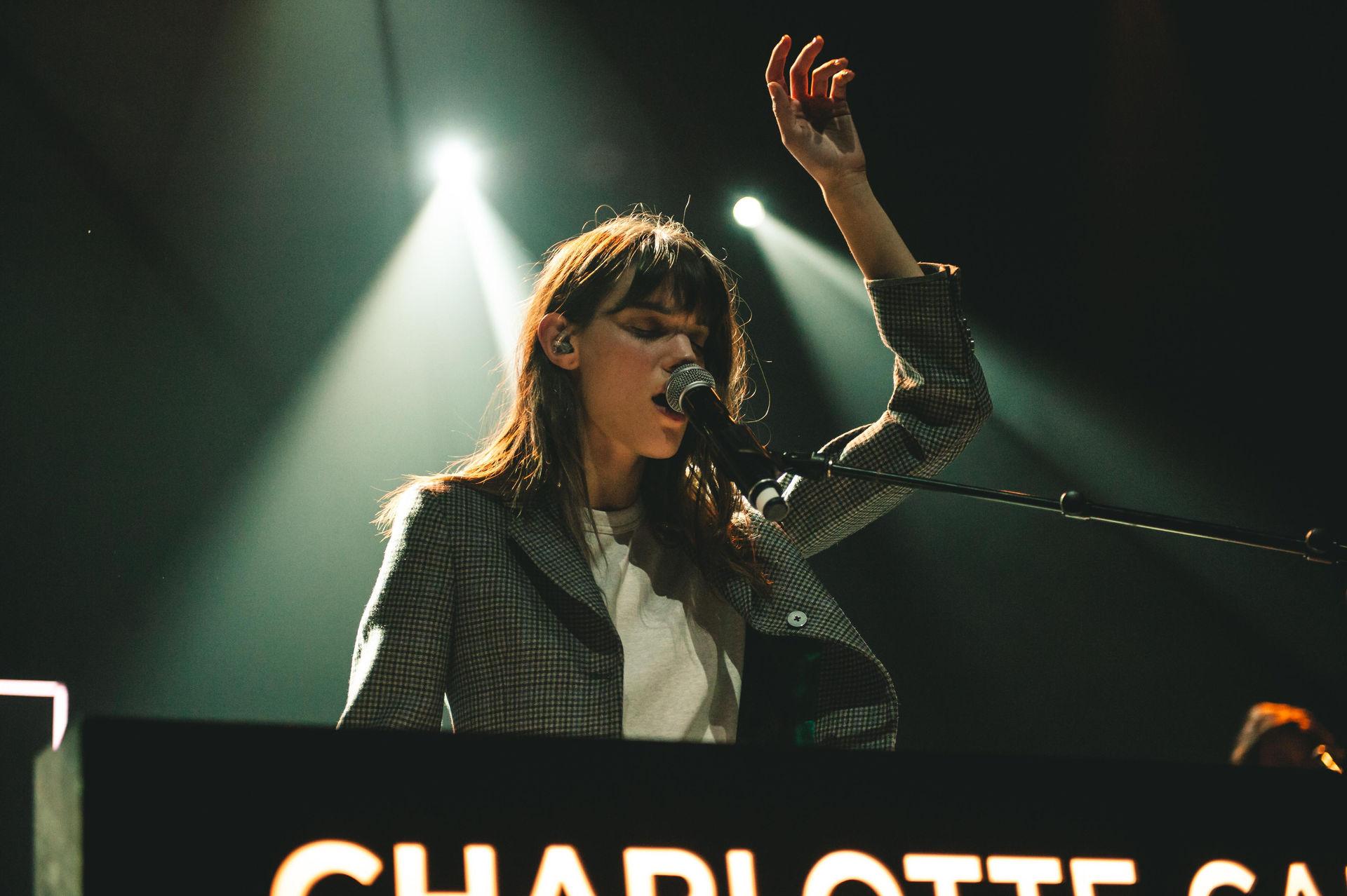 CharlotteCardin-10.jpg