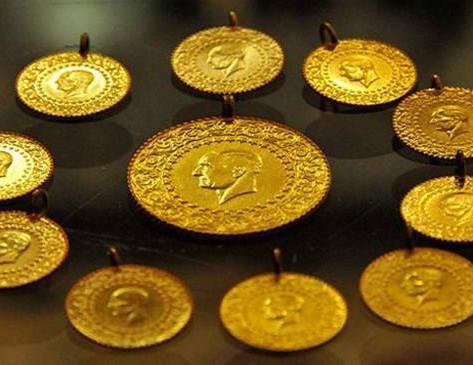Altının onsu tarihte ilk kez 2000 doları aştı. Gram altın 452 TL'ye ulaşarak rekor kırdı.