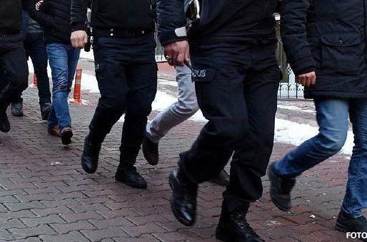 7 eski polis akademisi ve polis koleji öğrencisine gözaltı