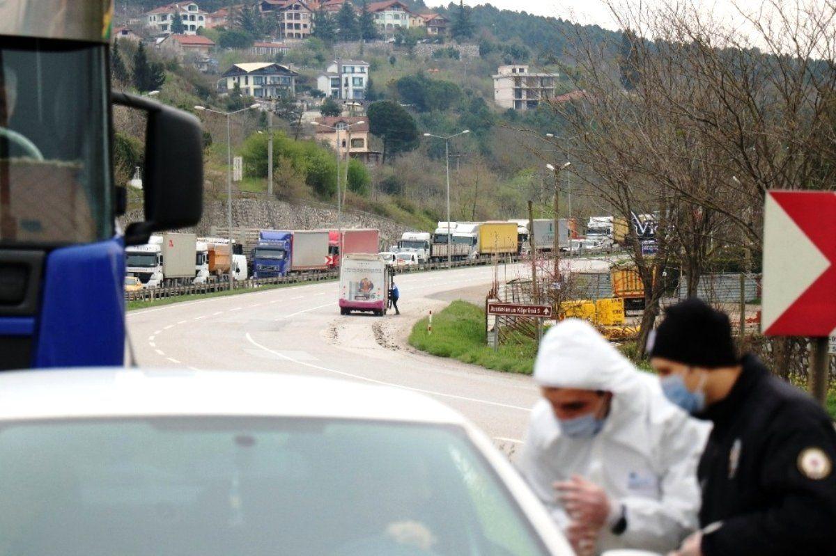 Sakarya'ya giriş çıkış yasağı 15 gün daha uzatıldı