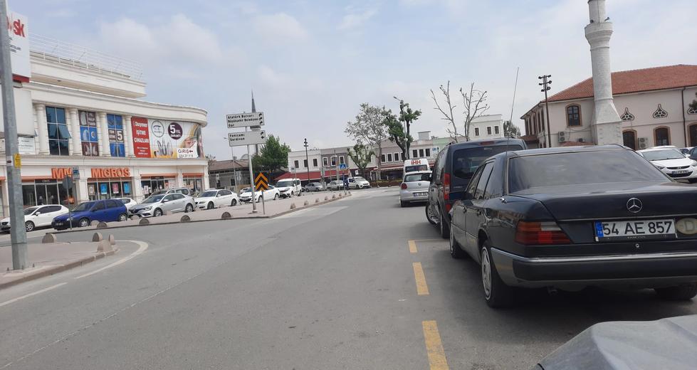 Sokaklar Sessizlğe Büründü
