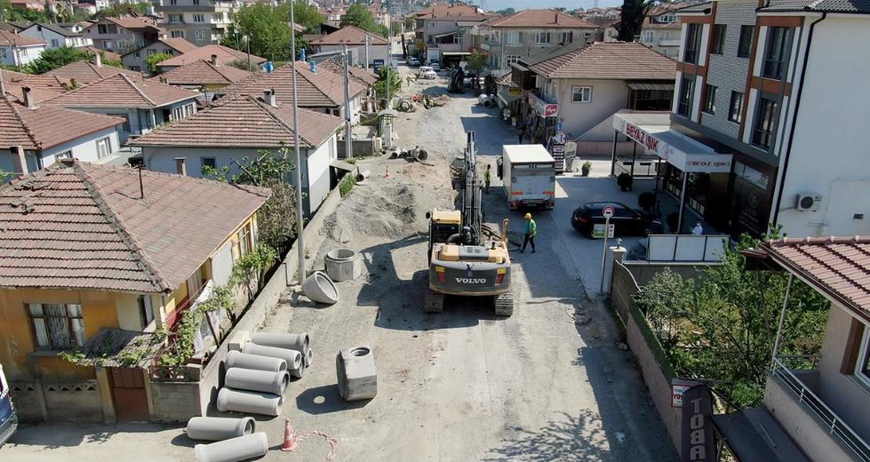 32 Evlerde alt yapı tamamlanıyor..