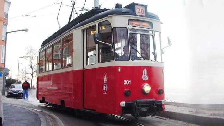 Başkan Yüce,'İstanbul'un İstiklal Caddesi'nde tramvay varsa ' !