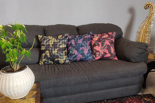 ESSENTIELE FLORAL DIGITAL PRINT CUSHION COVER (16*16 INCHES) SET OF 2