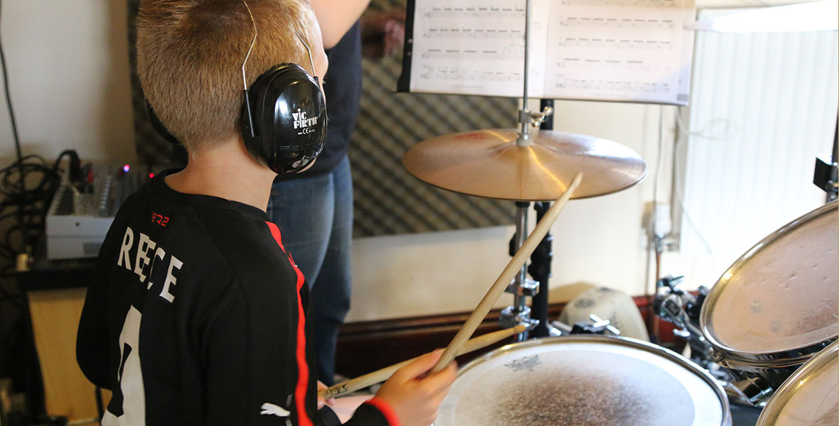 drums-tutor-kid