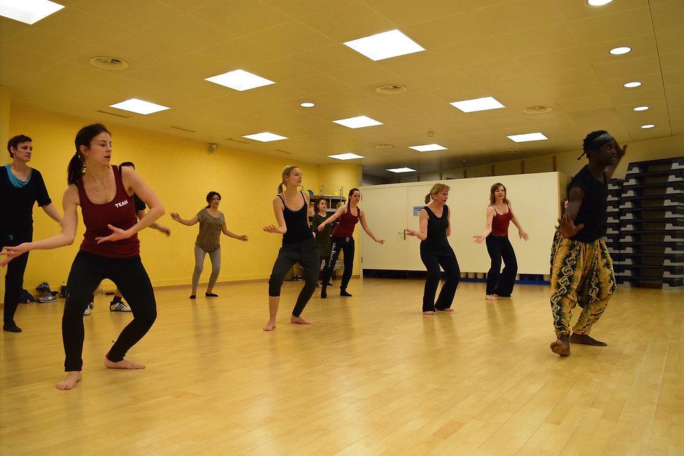 afrikanischer-tanz-kurs.jpg