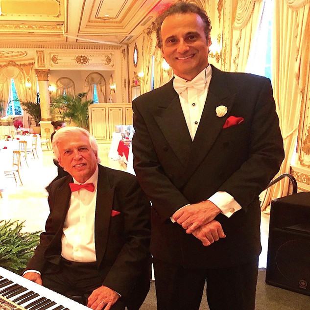 "MAR-A-LAGO - GRAND BALLROOM - VALENTINE'S EVENING 2020 - INGVAR SANG FOR THE FORMER PRESIDENT OF THE UNITED STATES - DONALD TRUMP - QUOTED INGVAR AS AN ""AMAZING VOICE!"""