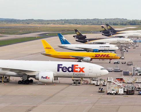 FedEx_-_Boeing_777-FS2_-_N889FD_-_Cologne_Bonn_Airport-0355_edited.jpg
