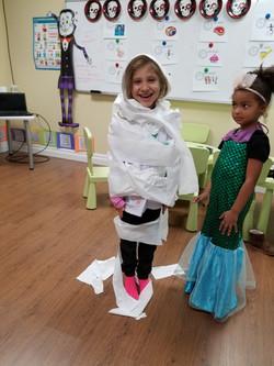 Kids mummy dress up at Spanish4you!