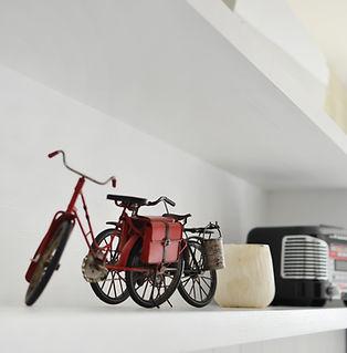 Nicho com bicicleta retrô