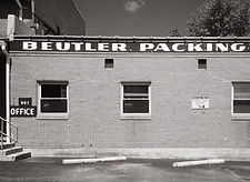 Beutler%20Packing_edited.jpg