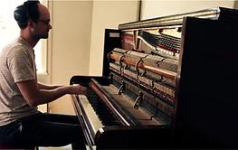 Rael Piano.png