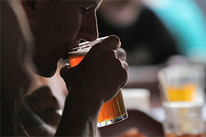 What Parents Need to Know About College Binge Drinking
