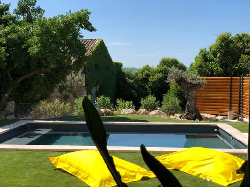 Comment nous entretenons la piscine de notre maison d'hôtes