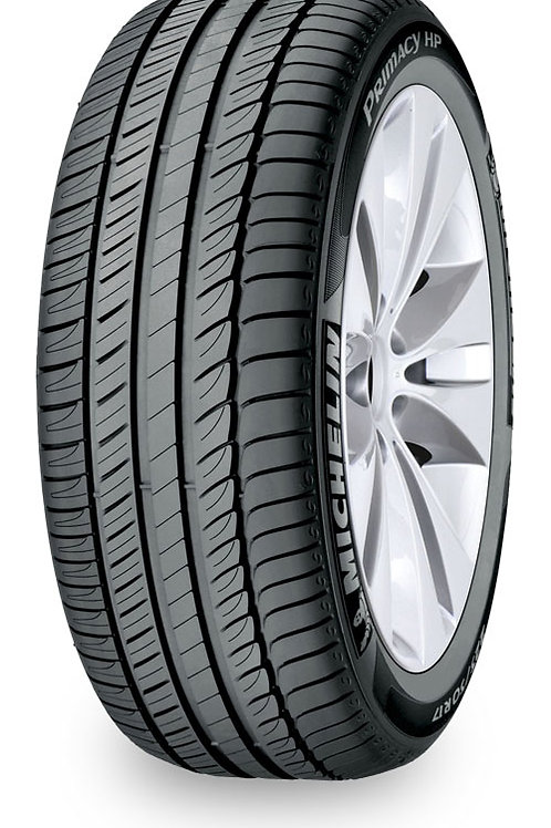 Set of 4 - 225/45/17 NEW Michelin Tires