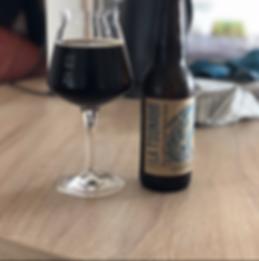 Bière noire artisanale fabriquée bretagne brasserie urbaine tsunami