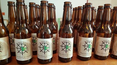 Bière blonde chanvres artisanale brasserie tiens bon la barre
